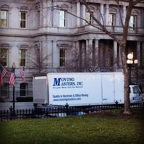 17_01_05_wh_moving_truck